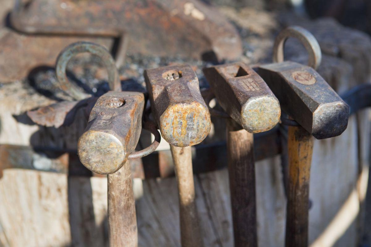blacksmith hammer types