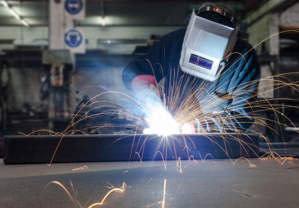 how bad is welding for your eyes