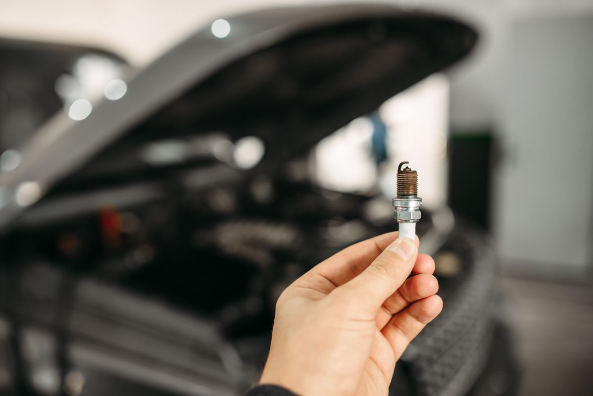 how to remove stuck spark plug from aluminum head